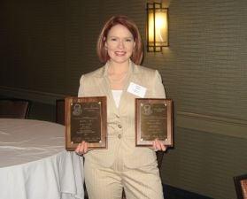 KWWL Anchor Sunny Layne wins two Northwest Broadcast News Association awards.