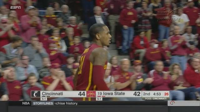 Cincinnati upsets No. 19 Iowa State 55-54 (OT)