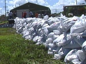Sandbag wall near the intersection of Pershing Road and North Main Street, Maquoketa