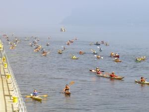 A group of boaters for the Great River Rumble (photo credit Kathy Stierman)