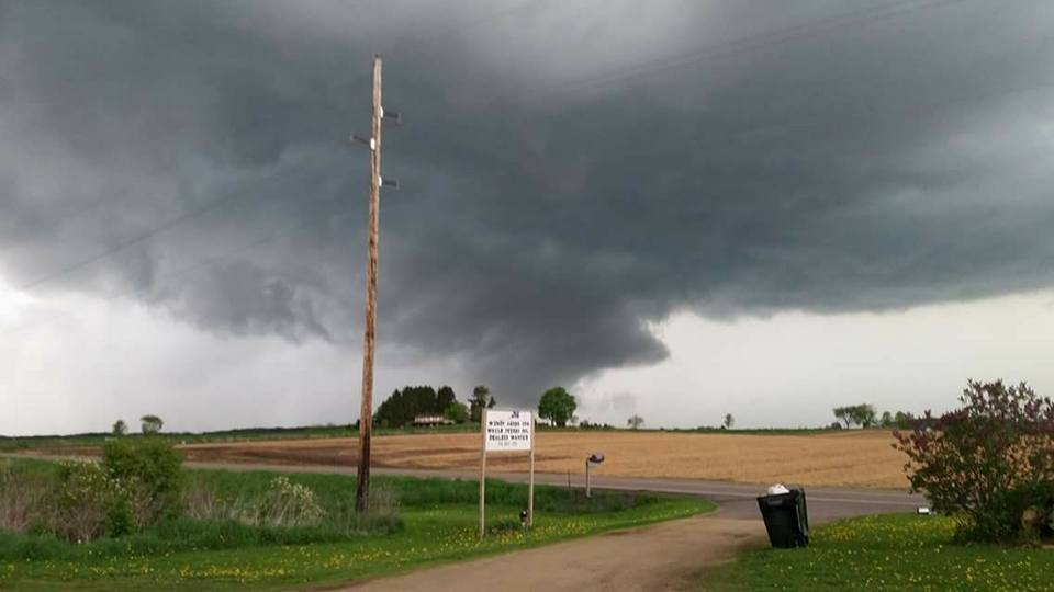 Tornado hits trailer park near Chetek in western Wisconsin