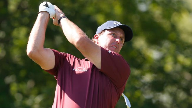 Mickelson to miss US Open for daughter's graduation