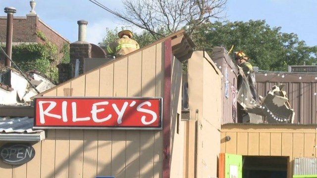 Riley's Cafe during 2016 fire