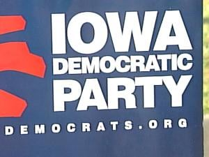 Iowa Democrats countered Mitt Romney's Monday visit