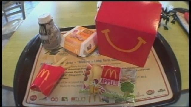Cheeseburgers, chocolate milk stay in Canadian Happy Meals as U.S. removes them