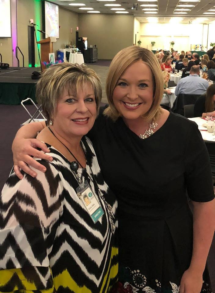 Cedar Valley Hospice's Chris Olds and KWWL's Abby Turpin