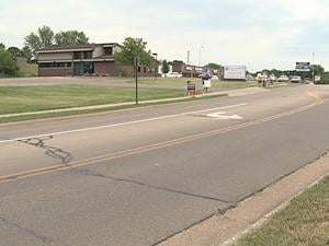 Protestors stood outside Dubuque's new Planned Parenthood location Wednesday