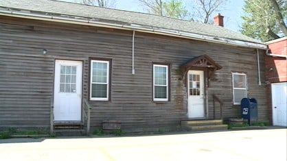 An Iowa County post office has reopened after being closed due to failed lease negotiations.