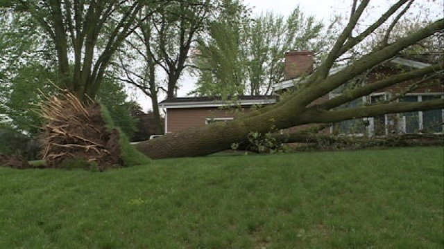 Residents in New Hampton are cleaning up after severe weather blew through eastern Iowa Sunday night.