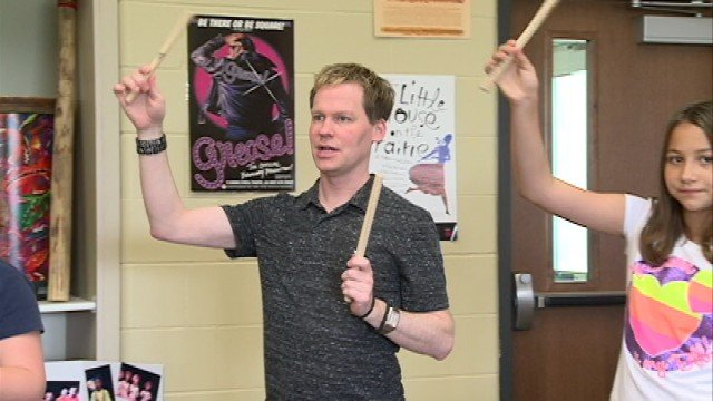 Aaron Hansen teaches general music and chorus at Waverly-Shell Rock schools, focusing on elementary and middle school students.