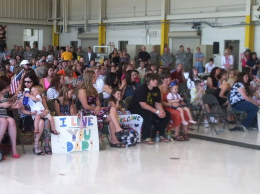Waterloo National Guard Unit Brings 50 Home From