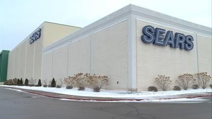 Dubuque Sears closing in late April