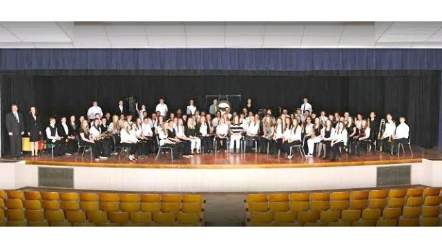 Waterloo's Hoover Middle School 8th Grade Band