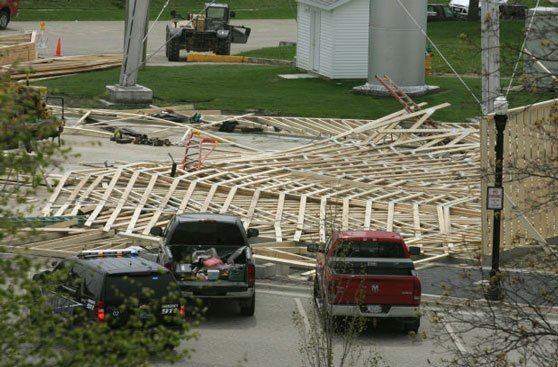A photo of the Unionland Feed and Supply Store after it collapsed, sending four workers falling up to 30 feet to the ground. Courtesy West Union Fire.