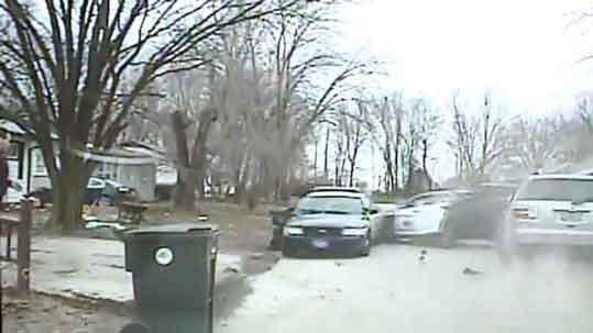 Dash cam footage (Courtesy Waterloo Police Department)