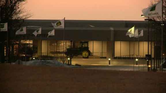 The outside of the John Deere Foundry in Waterloo in the early-morning hours of Friday, Jan. 23, 2015. (Blake Lybbert, KWWL)