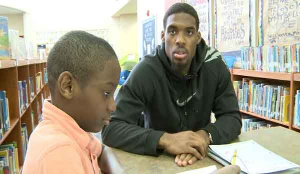 Marvin Singleton mentors a third-grader at Lincoln Elementary.
