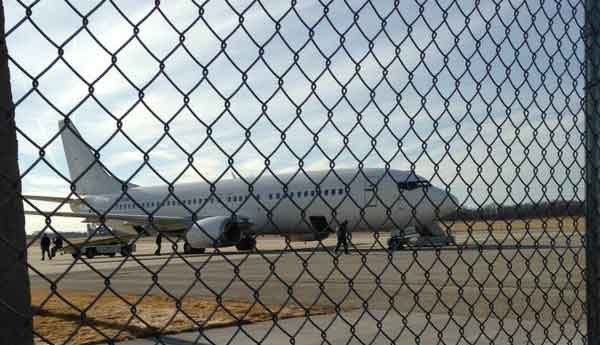 The UNI Panthers plane prepares to depart on Tuesday, March 17. (Nikki Newbrough, KWWL)