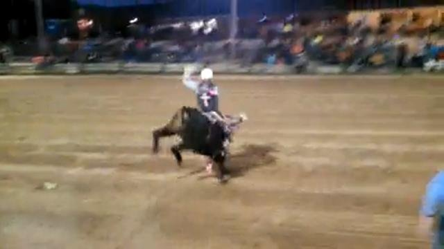 Young bull riders point to safety rules kwwl eastern for Champion motors waterloo iowa