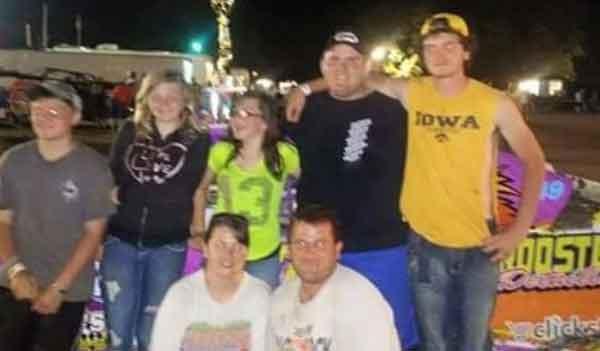 Hunter Tuttle, 14, far left; Zoey Tuttle, 12, in the middle; Triston Randall, 17, far right. (Courtesy Tuttle family)