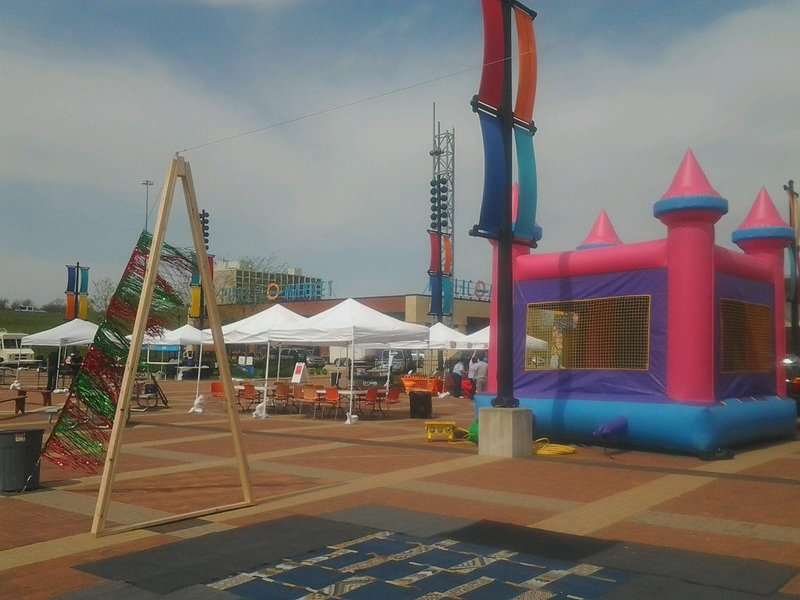 Fiesta de mayo celebration happening in waterloo saturday for Community motors waterloo iowa
