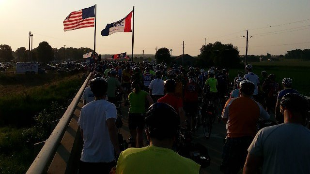 Bicyclists depart for Day 1 of RAGBRAI 2014 in Rock Valley