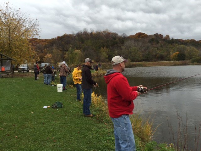 Family fishing day throughout eastern iowa waow for Is today a good fishing day