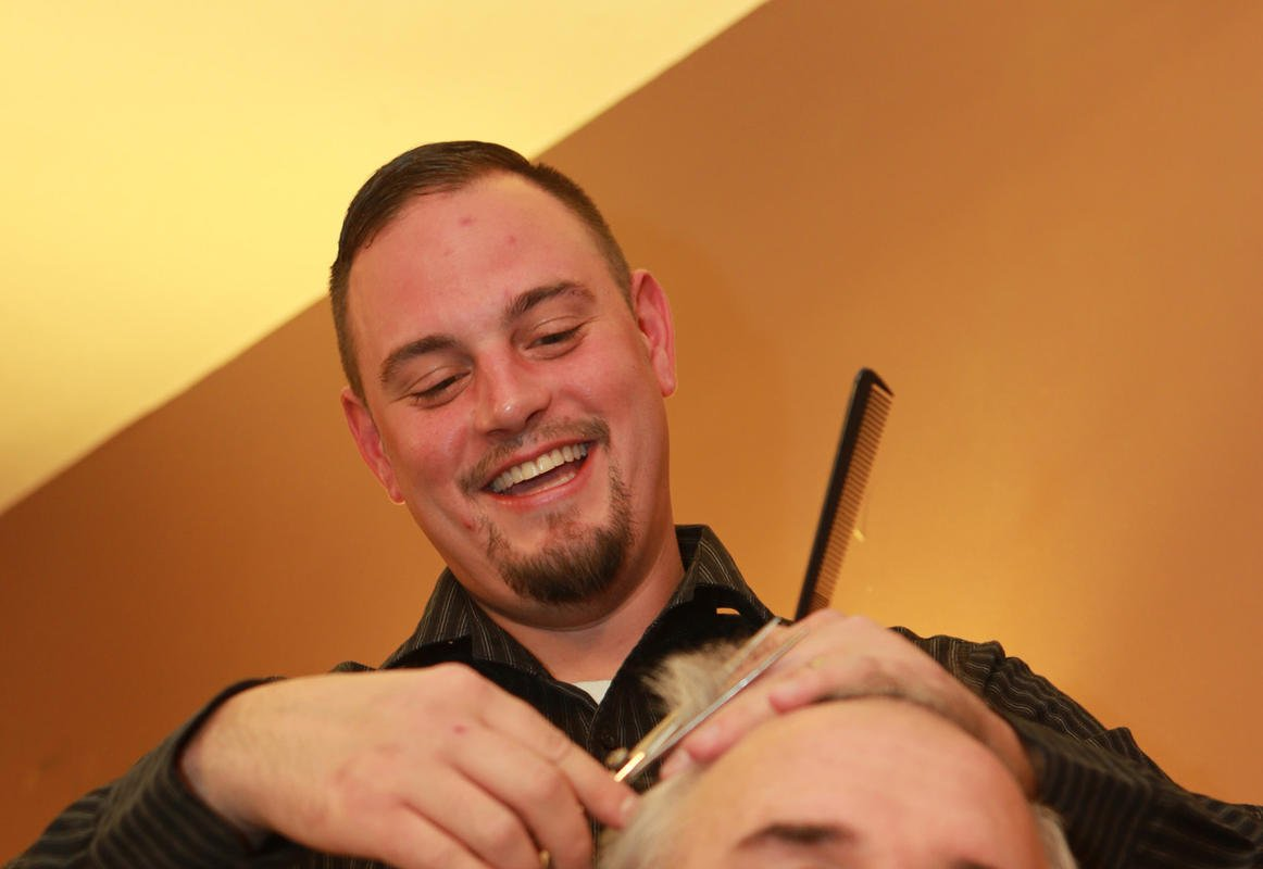 Blind barber awarded $100K for wrongful termination - WGEM.com: Quincy ...