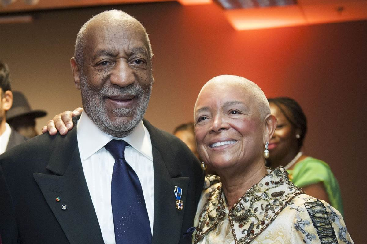 Accused Serial Sex Offender Bill Cosby's wife questioned under oath