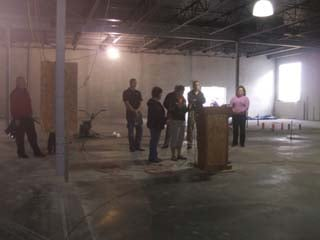 A ribbon cutting ceremony took place Sunday afternoon at the new Cascade grocery store.
