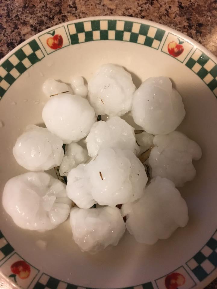 Large hail in Elk Run Heights