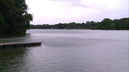 An algae problem in eastern Iowa lakes seems to have washed away as quickly as it developed.